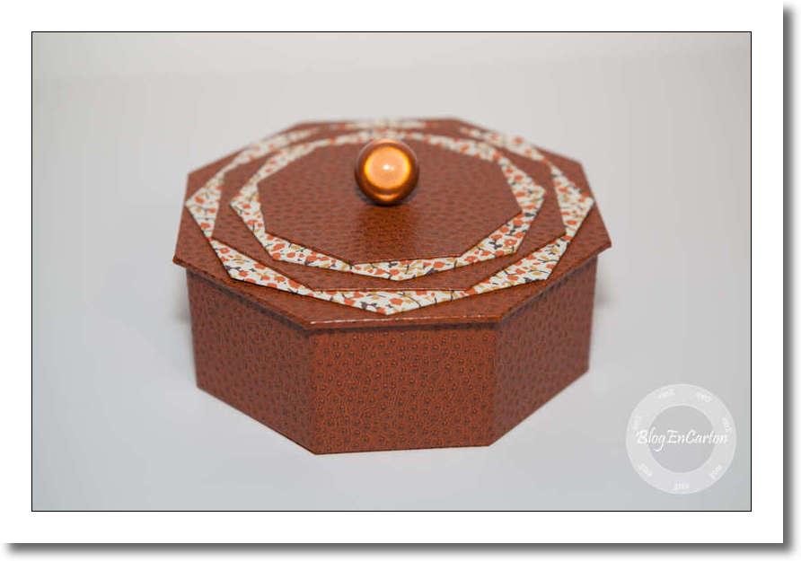 r alisation cartonnage la bo te hexagonale blog en carton. Black Bedroom Furniture Sets. Home Design Ideas