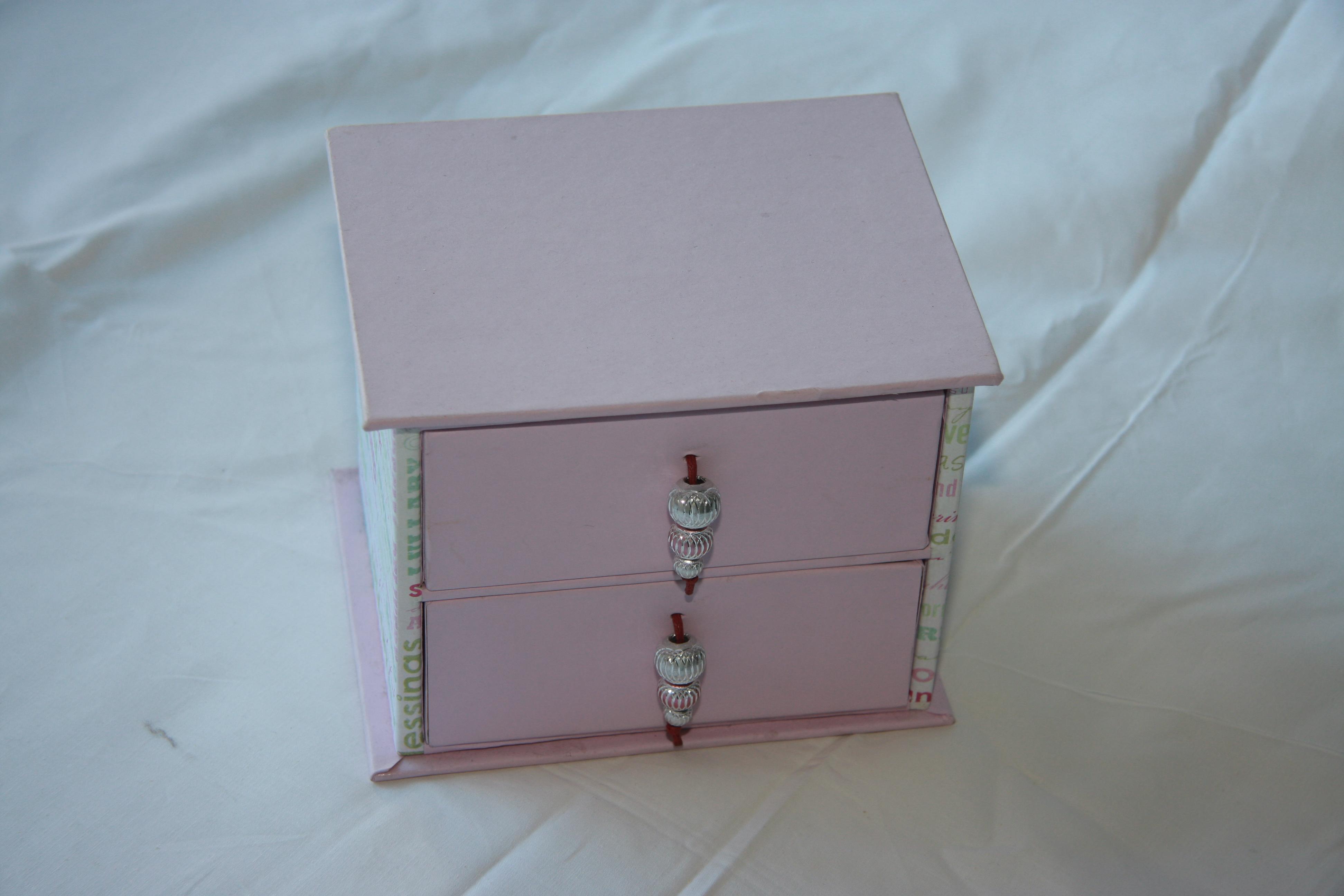 Bo te bijoux blog en carton - Fabriquer une boite a bijoux en carton ...
